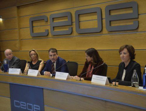 Luis Granda, participa en la CEOE en Madrid, en la mesa redonda «El consejo de administración en la empresa familiar. La familia ¿Hasta dónde?»